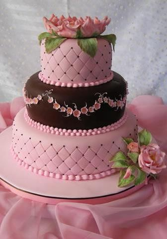 Cake Designs Jackie Brown Croydon : love the pink and brown cakes Pinterest Beautiful ...