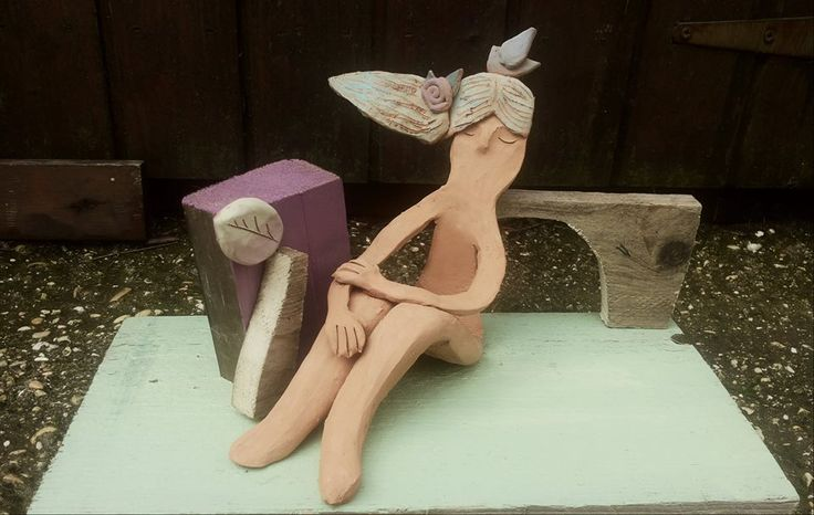 Claudia Di Mario, scultura in legno e terracotta https://www.facebook.com/photo.php?fbid=945691718787001&set=gm.822712724488893&type=1&theater