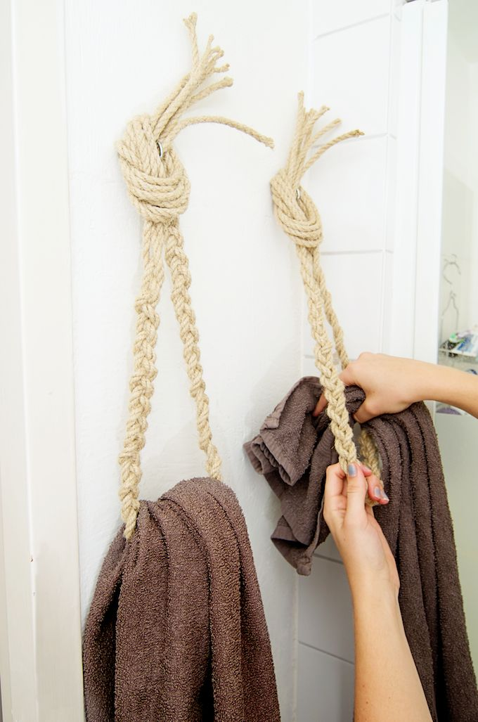 So genius! DIY ropes for towels!