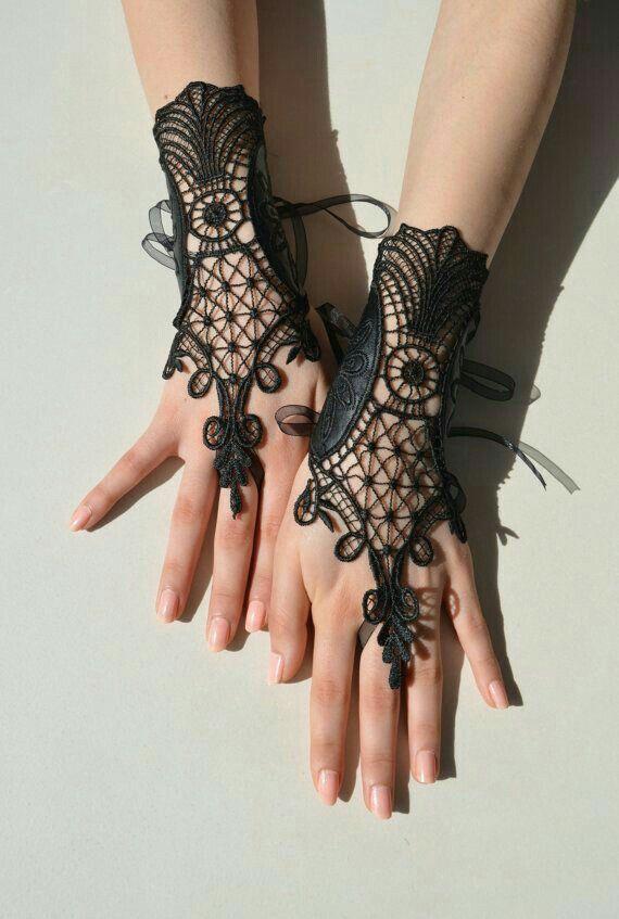 Loving black lacy hand attire