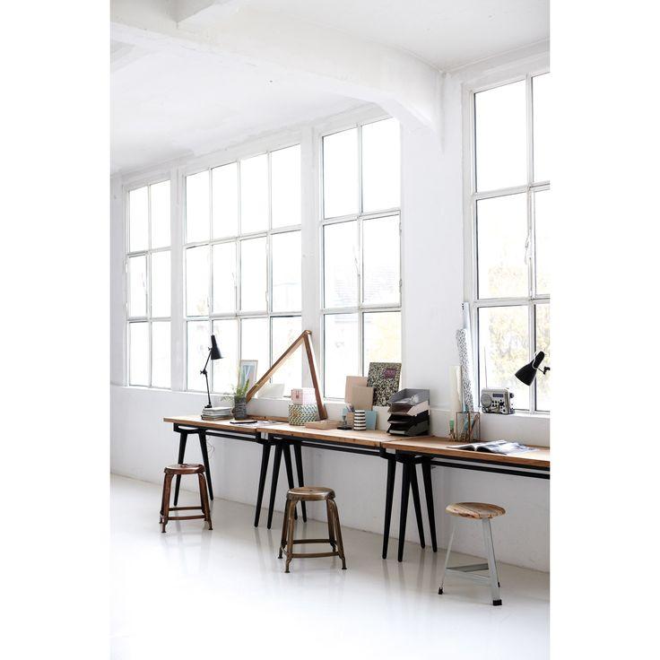Modern bord från House Doctor – Köp online på Rum21.se