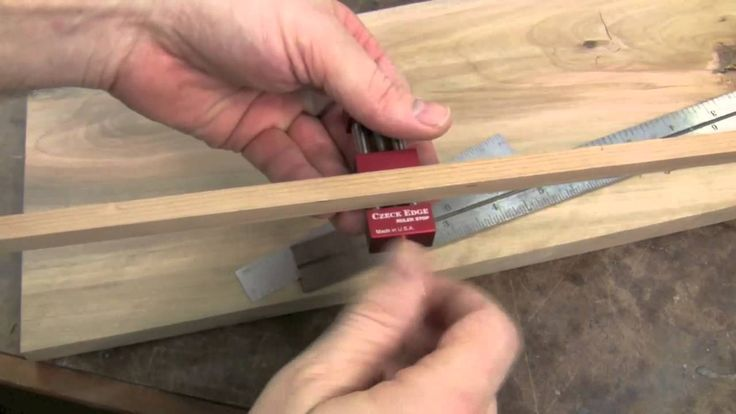 Morton gives a quick tour of this simple and useful tool that can help you every day in your own shop with repeatable measurements. http://www.highlandwoodwo...