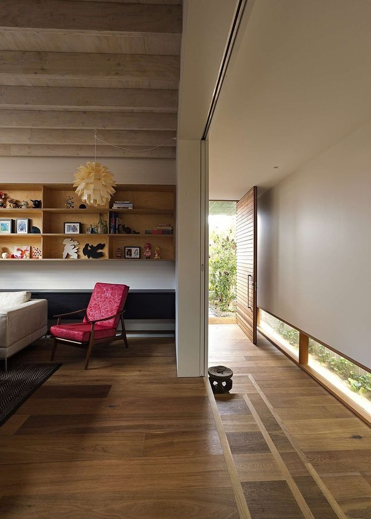 Plywood House II by Andrew Burges Architects