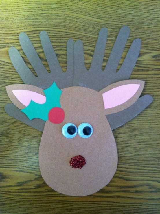 Reindeer with the foot as the head and hands for the antlers