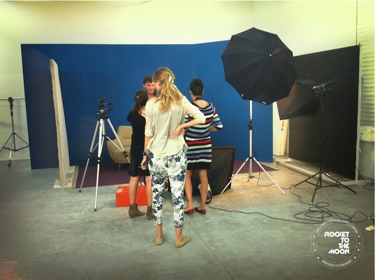 #photo #production #rocket #to #the #moon #ines #garcia #baltar #backstage #cencosud #advertising