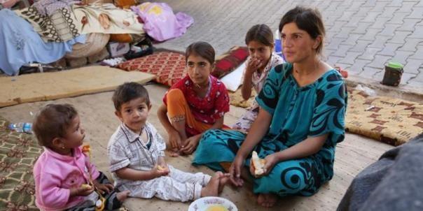 Berita Populer: Wanita Yazidi Dijual Jadi Istri Pejuang ISIS - SosMedToday.com