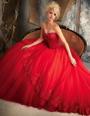 Фото: Мода 2016: красные свадебные платья для смелых невест