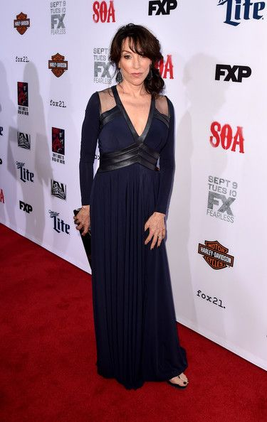 "Katey Sagal Photos - Premiere Screening Of FX's ""Sons Of Anarchy"" - Red Carpet - Zimbio"