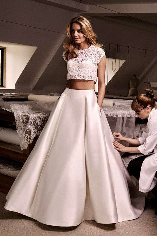 5277 Best Wedding Dresses Images On Pinterest Homecoming Straps Bridesmaid And Frocks