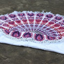 Multicolor round beach towels with white tassels