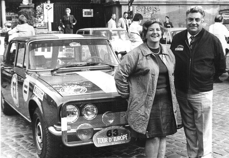 Tour d'Europe Rally 1971 Tijdens een tijdstop