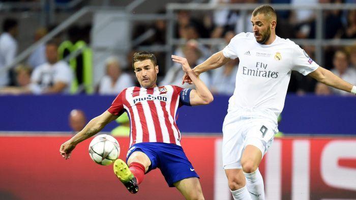 Gabi Fernández y Karim Benzema en la final de la Champions ( Zidane lance maintenant Lucas Vazquez à la place de Benzema qui n'a pas franchement brillé ce soir.