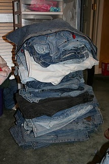 jeans ideas - Diy, sewing, remake, reuse, recycle, upcycle, how to make, tutorials, patterns, technique, fabric, material, old jeans, denim, easy, mending, scraps, patchwork