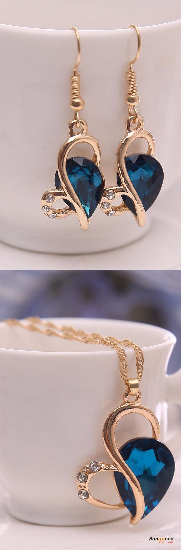 US$4.99+Free shipping. Material: Zinc Alloy, Rhinestone, Crystal. Color: Green, Purple, Blue. Fall in love with elegant and trendy style! Women's Jewelry, Women's Earrings and Necklaces, Women's Fashion, Christmas Accessories.