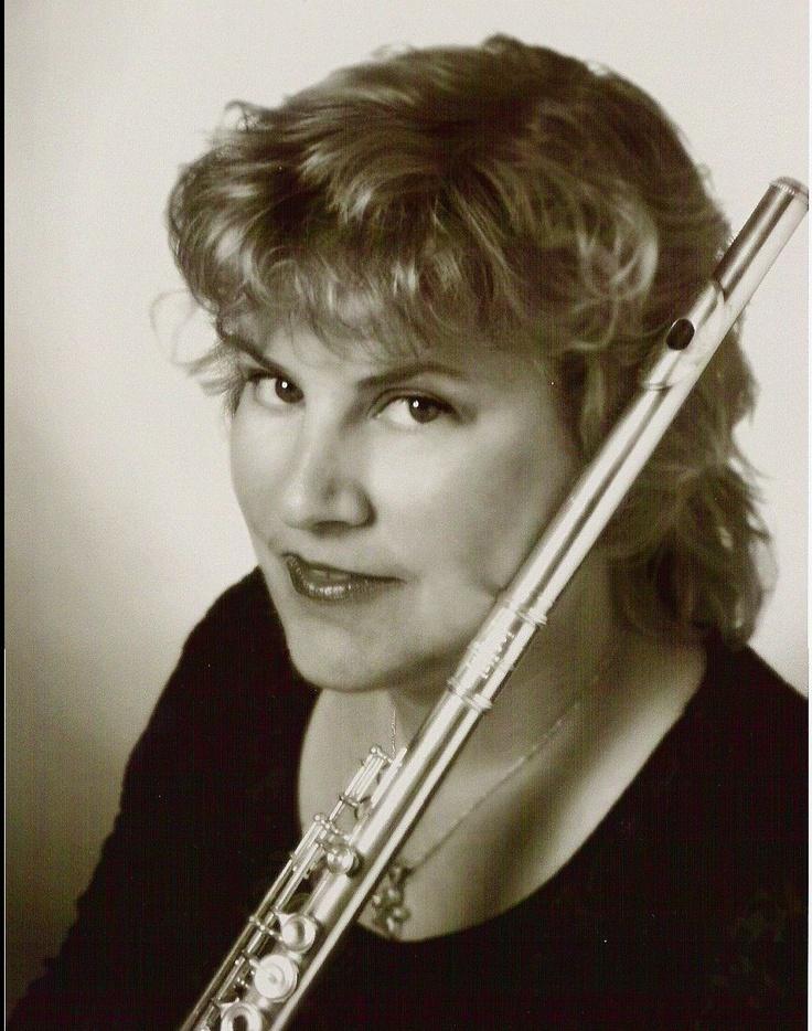 Featuring Valerie Potter on flute Mozart & Bizet at Congregation Albert (2/2/13)