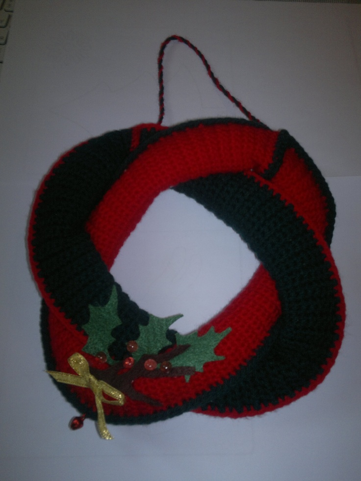 Christmas crocheted whreat