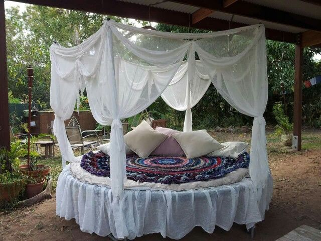 Daybed In Living Room Ideas Mint Green Decor Trampoline Bed … | Gardening Pinte…