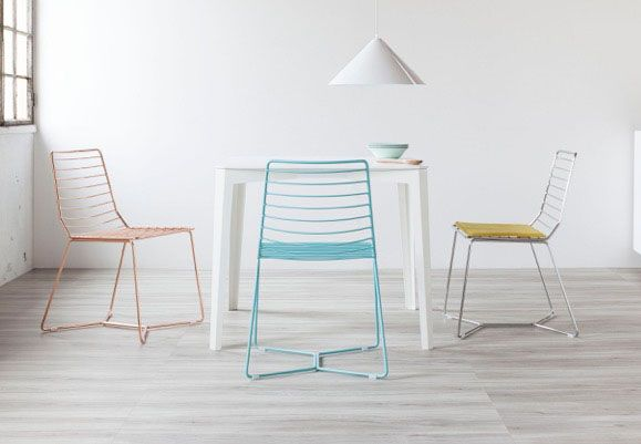 The Antia chair, which Alpestudio Architetti Associati created for Formabilio, marries the sturdiness of steel with an arresting, minimalist look.
