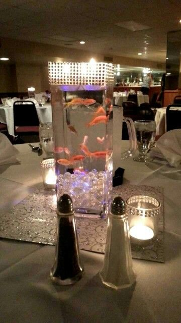 Centerpiece !   Live fish!