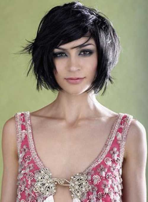 25 best ideas about Thick hair bobs on Pinterest  Thick medium