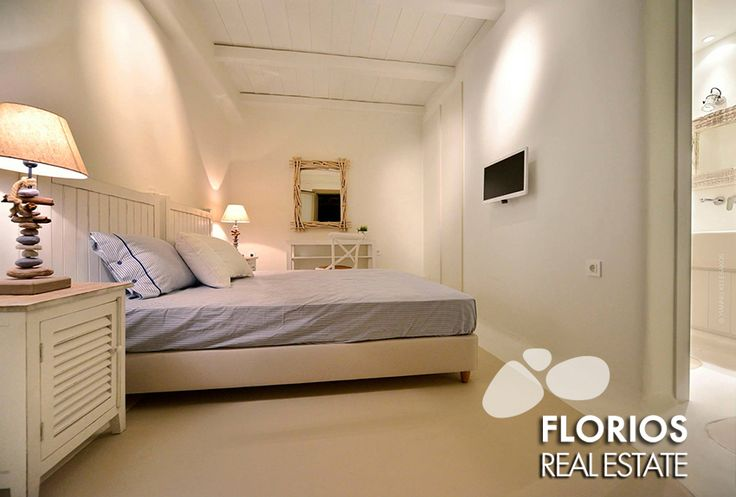 Air condition in all rooms, fully equipped & furnished with well-known Italian furniture. The house has Wi-Fi, satellite TV and a covered private parking 2 cars. FL1401 Villa for Sale on Mykonos island Greece. http://www.florios.gr/en/mykonos-property/10.html