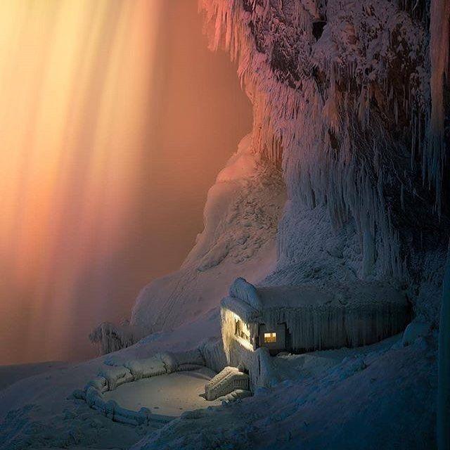 Love this shot of Niagara Falls - Photo by @xar . . #vancityhype #getoutside #discoverglobe #beautifuldestinations #socialrealtor #socialmedia #yvrre #realtor in #yaletown #vancity #vancouverrealestate #theevlist #wp #linkedin #instahub #instagood #love #engelvolkers #niagarafalls #ontario @insidecanada
