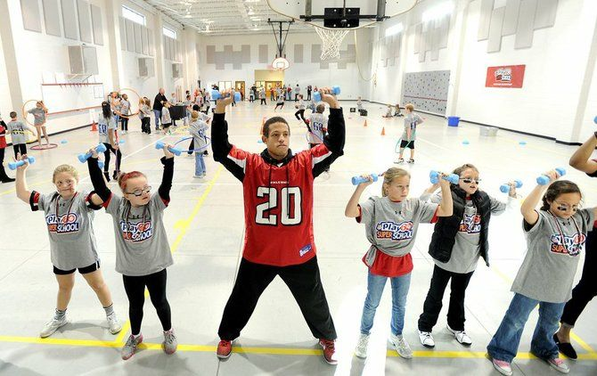 Brent Grimes keeps up with the kids