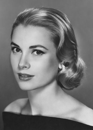 15 Old Hollywood beauty secrets:  The Princess of Monaco Grace Kelly used blush to define her cheekbones, with one shade for underneath her cheekbones, and a slightly darker shade dusted on the apples.