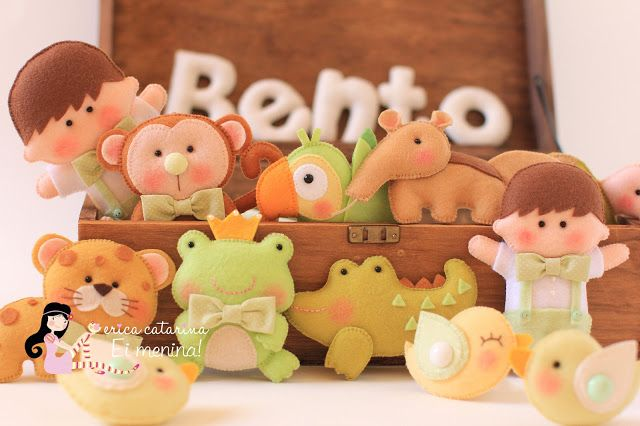 Adorable felt animals for puppet shows!
