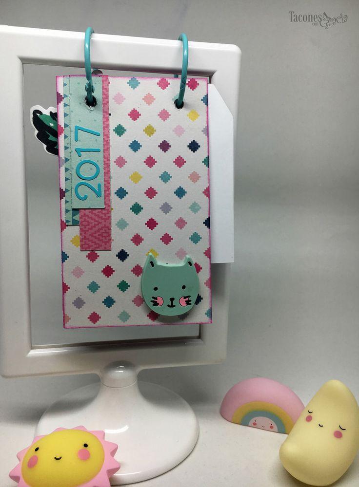 Calendario personalizado con la colección Cute Girl de Crate Paper. http://taconescongracia.blogspot.com.es/2017/05/calendario-2017-para-alba.html