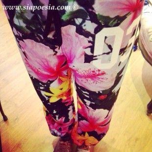 Pantalone tuta a fiori Shop Art