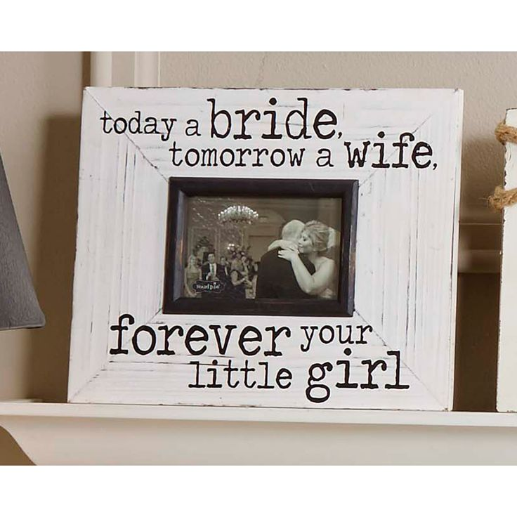 "Features:  -Frame material: Wood.  -Wedding collection.  Style: -Rustic.  Color: -Ivory.  Distressed: -Yes.  Material: -Wood.  Theme: -Family.  Picture Size: -3.5"" x 5"".  Picture Capacity: -1.  Orient"