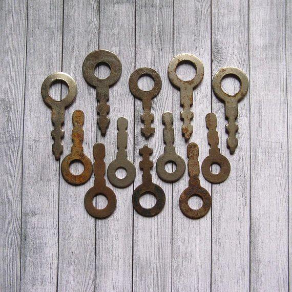 Vintage Skeleton Keys Old Fashioned Keys Small Metal Keys