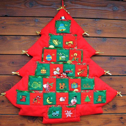 Adventní kalendář stromeček červený