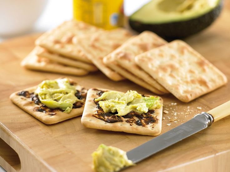 Avocado on Crackers with Vegemite*   Australian Avocados