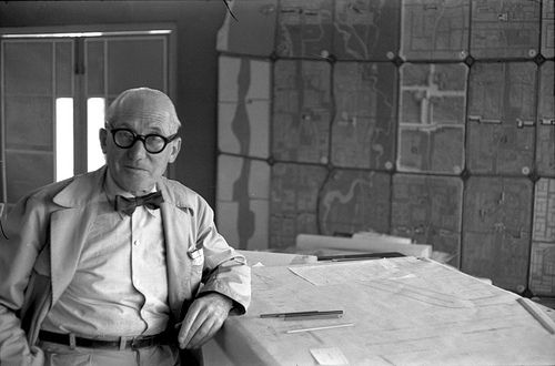 wereldreis2_122_03 Le Corbusier in India 1955