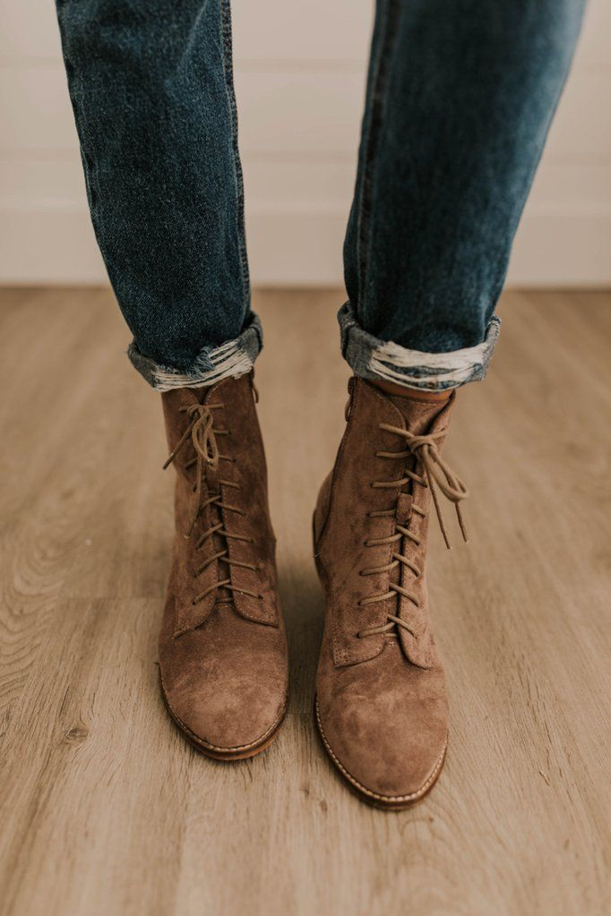 Boots, Womens boots, Lace up boots