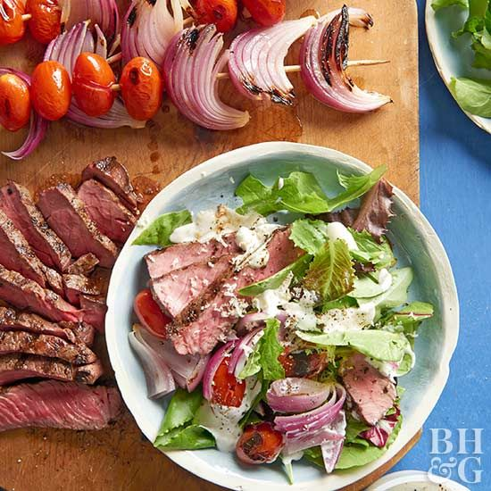 Try one of our 28 main-dish salad recipes that are perfect for those busy weeknights! With 10 grams of protein, these salads are dinner-worthy!