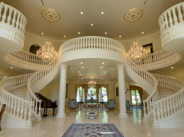 now this is a staircase on which you can make an entrance.