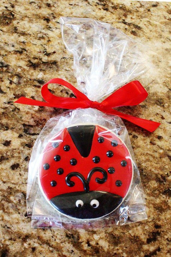 ladybug cookie treat