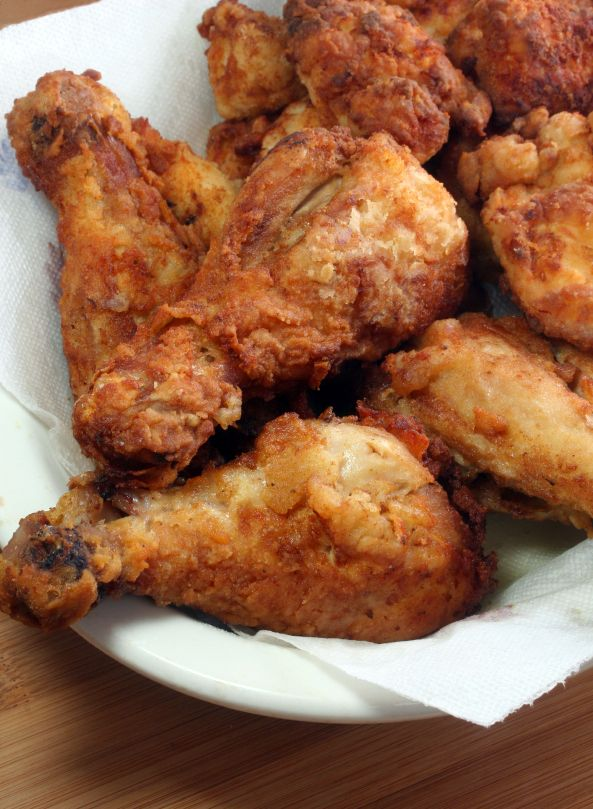 Carla Halls Amazing Fried Chicken!! This Chicken Is About As Close to Heaven As You Can Get and Still Be breathing!! I Dare You Taste This And Not Fall Instantly In Love!! Easy and healthy recipes you can find here : http://justcookandeat.com/