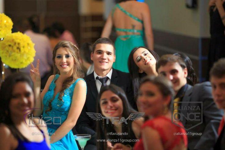 Una noche con tus amigos que nunca olvidarás. PROM  Colegio Los Cedros