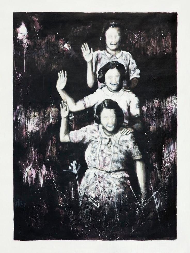 Vincenzo Todaro, (un)memory #067 - Three girls, olio e acrilico su tela di juta, 200X150, 2010