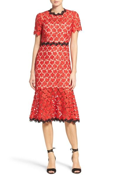 Main Image - Jill Jill Stuart Lace Midi Dress