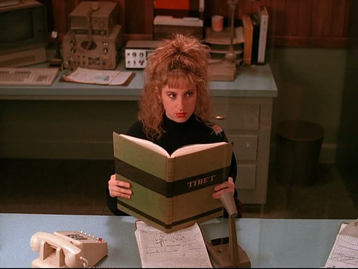 Lucy // Re-watching Twin Peaks starting now. She has the best voice.