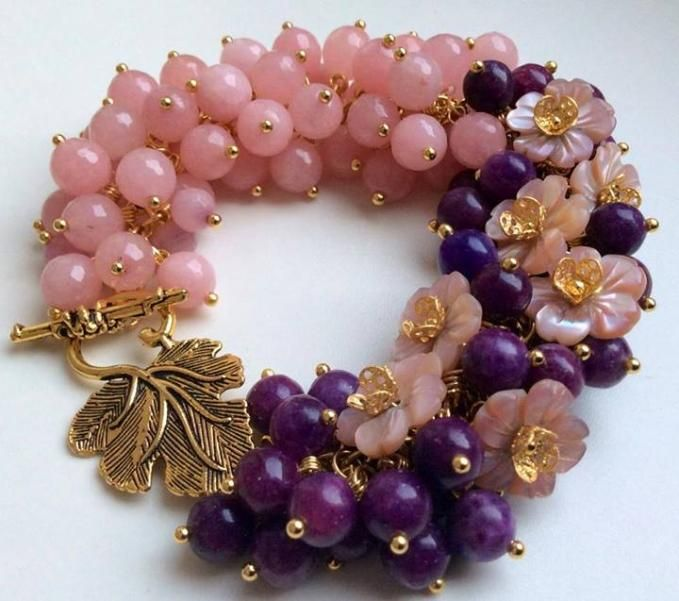 Flowers berries create a stunner of a bracelet for some lucky woman to wear. Pretty, pretty, pretty. I truly love this bracelet.