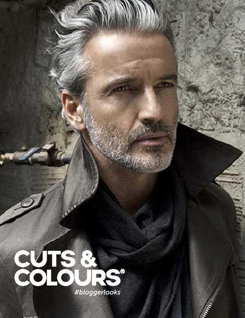 Een modieuze haarstijl voor mannen met een stoere bos krullen | Serieuze middenlengte