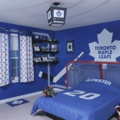 Cool boys bedroom idea. Love the headboard! Just need to change the
