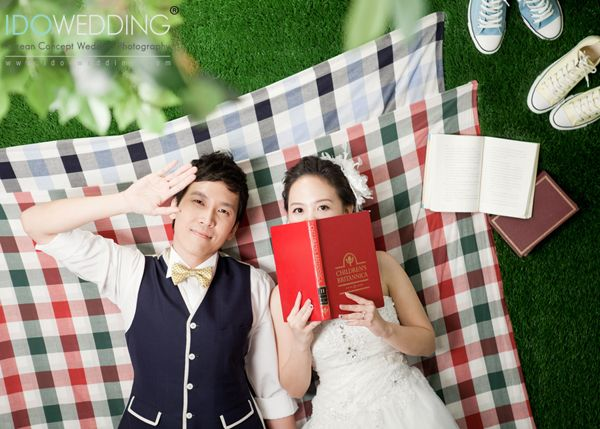 Justin & Elaine in Seoul Korea Pre-wedding photo with IDOWEDDING (www.ido-wedding.com)  # Please refer this photo above to be unedited #