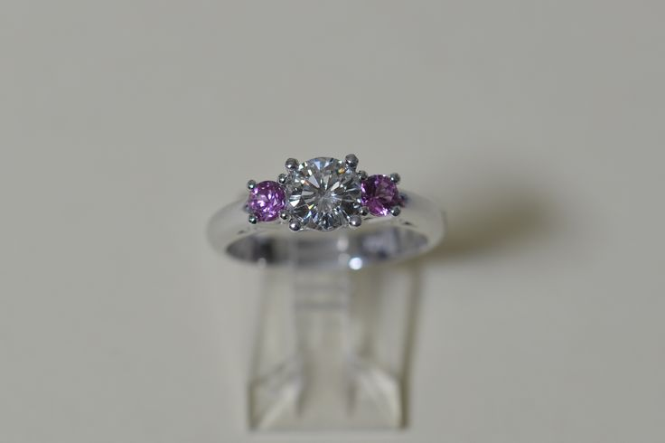 18ct white gold -Pink Sapphires & Diamond ring